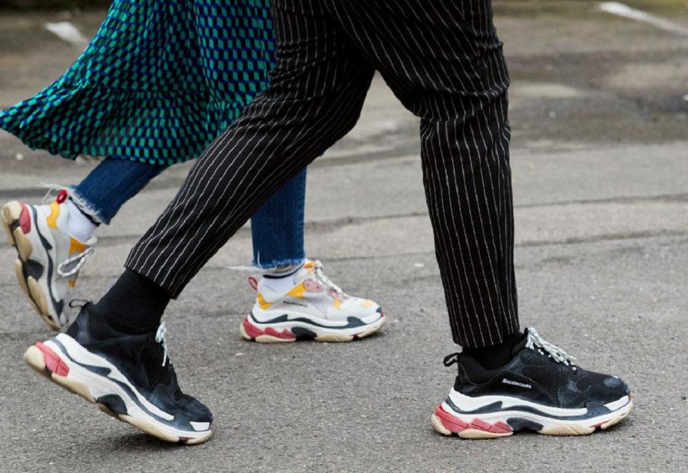 Стоит ли купить массивные кроссовки 2018  ad42a5ba17b